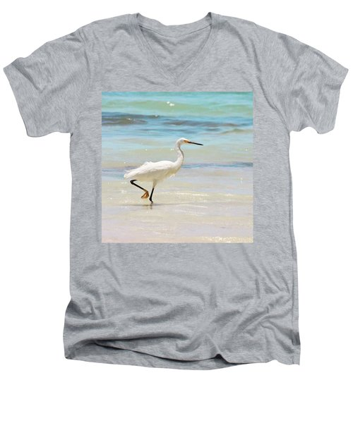 A Snowy Egret (egretta Thula) At Mahoe Men's V-Neck T-Shirt by John Edwards