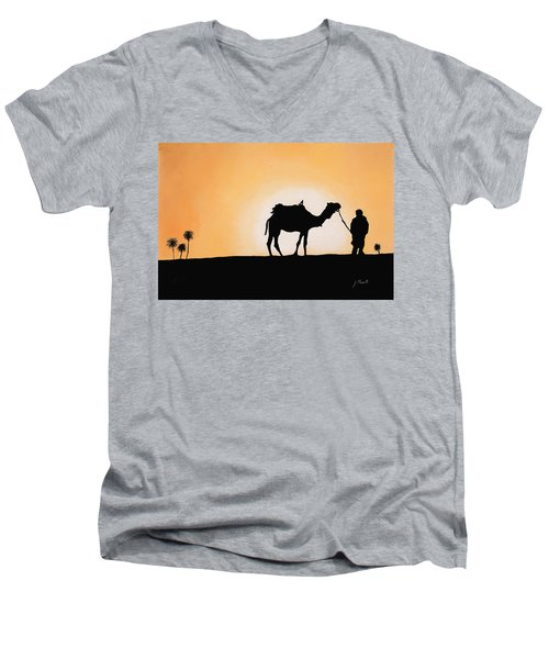 A Spasso Col Cammello Men's V-Neck T-Shirt