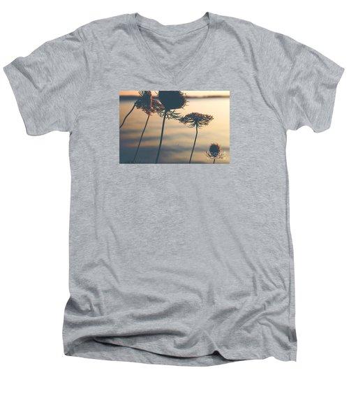 A Vintage Sunset Men's V-Neck T-Shirt