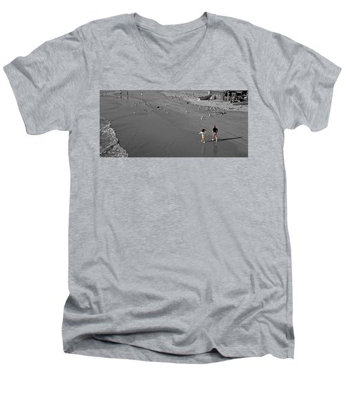 A Walk On The Beach With Dad Men's V-Neck T-Shirt