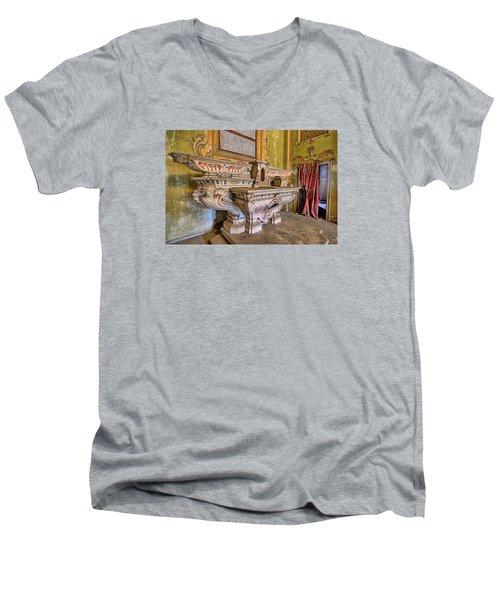 Abandoned Chapel Of An Important Liguria Family IIi - Cappella Abbandonata Di Famiglia Ligure 3 Men's V-Neck T-Shirt