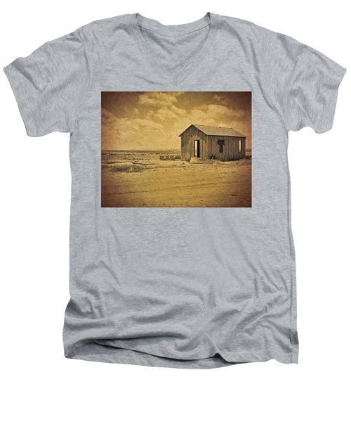 Abandoned Dust Bowl Home Men's V-Neck T-Shirt