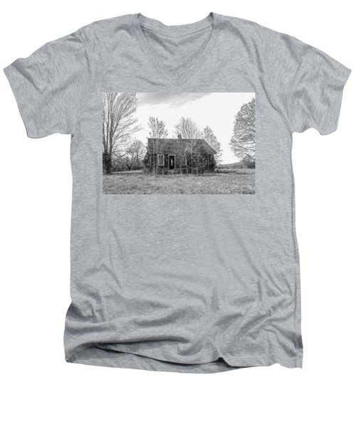 Men's V-Neck T-Shirt featuring the photograph Abandoned House Queenstown, Md  by Charles Kraus