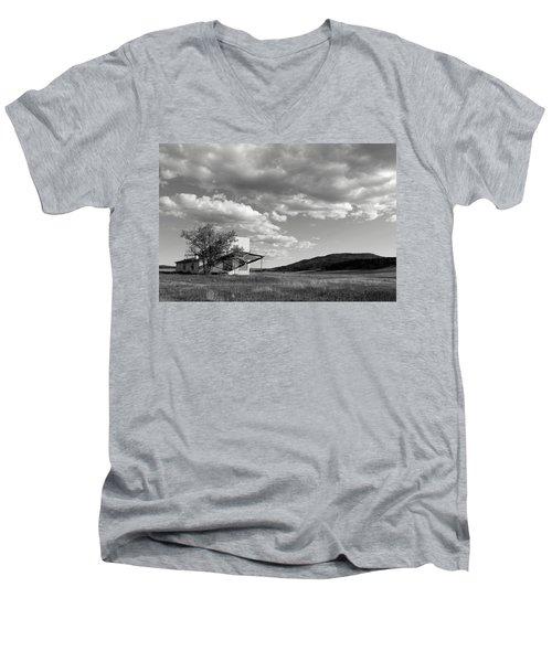 Abandoned In Wyoming Men's V-Neck T-Shirt