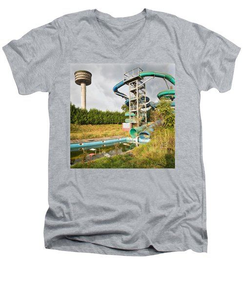 abandoned swimming pool - Urban exploration Men's V-Neck T-Shirt