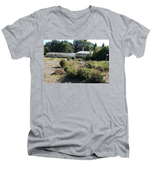 Abanoned Old Horticulture Men's V-Neck T-Shirt