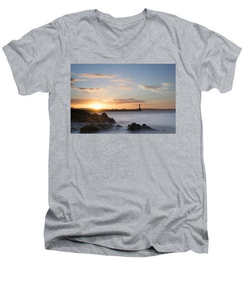 Aberdeen Sunset Men's V-Neck T-Shirt