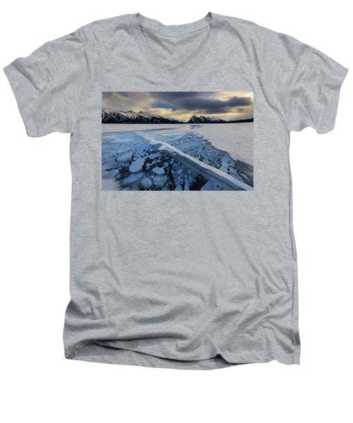 Abraham Lake Ice Bubbles Men's V-Neck T-Shirt
