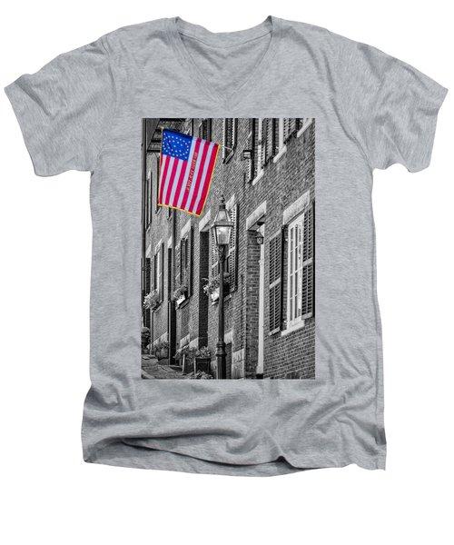 Acorn Street Details Sc Men's V-Neck T-Shirt