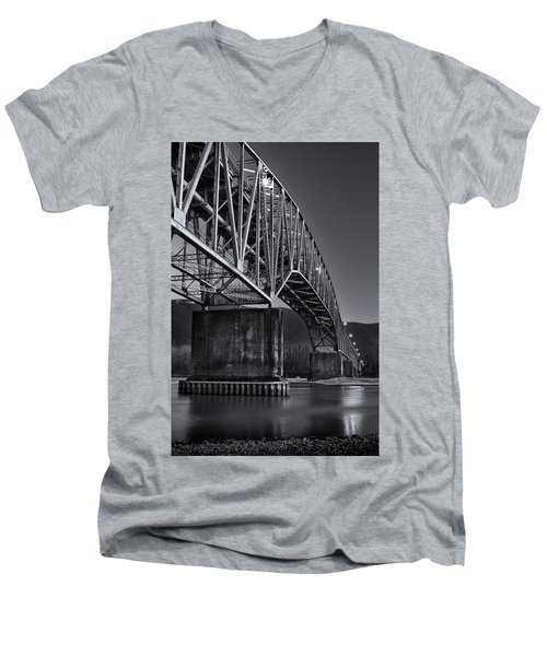 Agassiz-rosedale Bridge Men's V-Neck T-Shirt