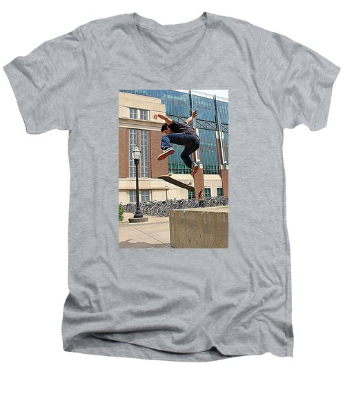 Airborne Men's V-Neck T-Shirt