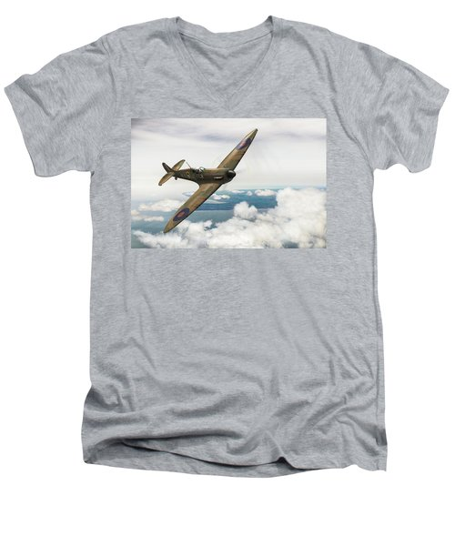 Men's V-Neck T-Shirt featuring the photograph Al Deere In Kiwi IIi by Gary Eason