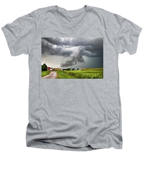 Alive Sky In Wyoming Men's V-Neck T-Shirt