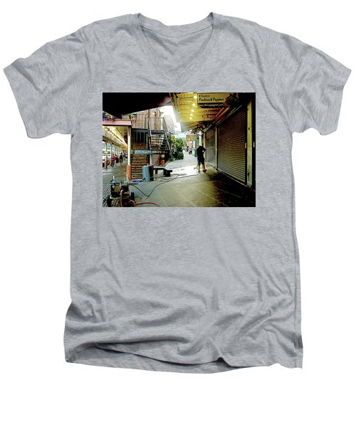 Alley Market End Of Day Men's V-Neck T-Shirt