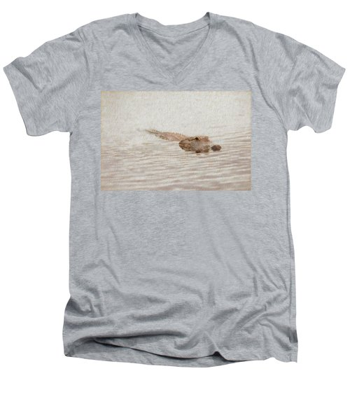 Alligator Waiting In The Water Men's V-Neck T-Shirt