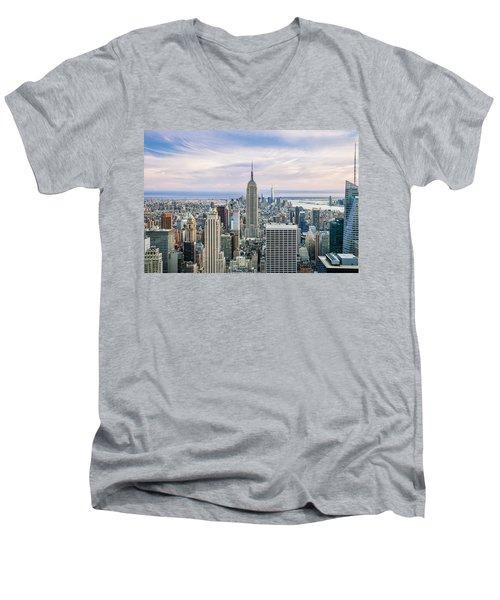 Amazing Manhattan Men's V-Neck T-Shirt