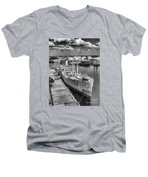 American Victory Men's V-Neck T-Shirt