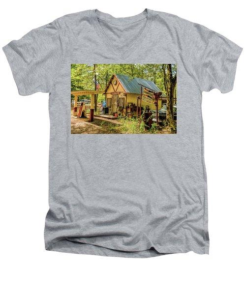 Americana  Men's V-Neck T-Shirt