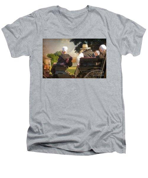 Amish Travelling Men's V-Neck T-Shirt