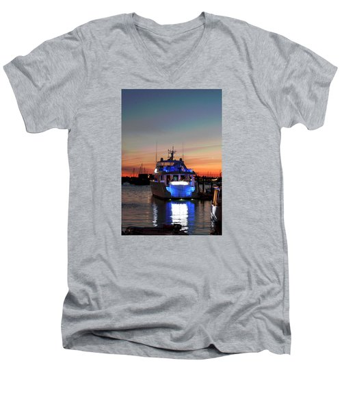 Men's V-Neck T-Shirt featuring the photograph An Evening In Newport Rhode Island IIi by Suzanne Gaff