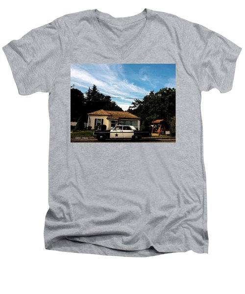 Andy's Home Men's V-Neck T-Shirt