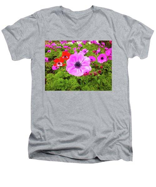 Anemone City  Men's V-Neck T-Shirt