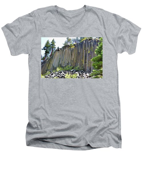 Angle View Desert Postpile Men's V-Neck T-Shirt