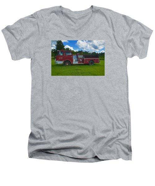 Antique Fire Truck Men's V-Neck T-Shirt
