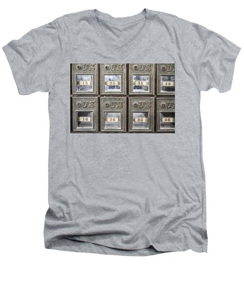 Antique Mailbox Men's V-Neck T-Shirt