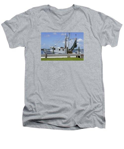 Appalachicola Shrimp Boat Men's V-Neck T-Shirt