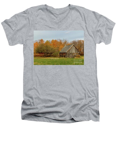 Apple Season At The Woods Men's V-Neck T-Shirt