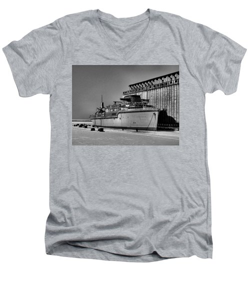 Aquarama Men's V-Neck T-Shirt
