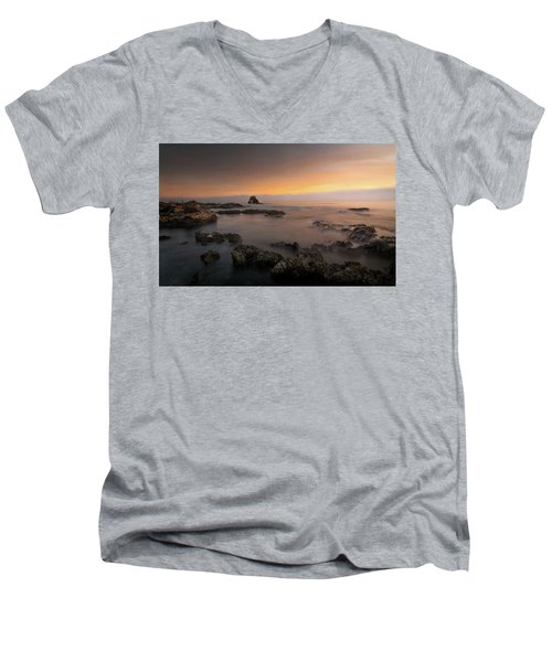 Arch Rock At Little Corona Men's V-Neck T-Shirt