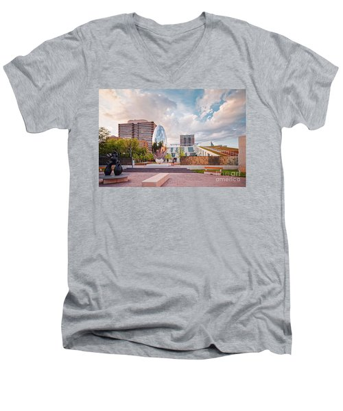 Architectural Photograph Of Anish Kapoor Cloud Column At The Glassell School Of Art - Mfa Houston  Men's V-Neck T-Shirt