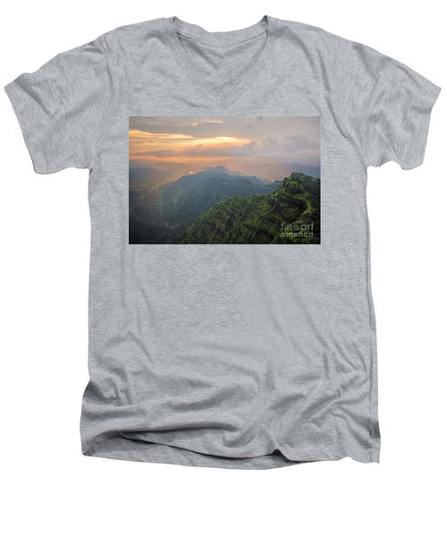 Arthurs Seat At Dusk Men's V-Neck T-Shirt