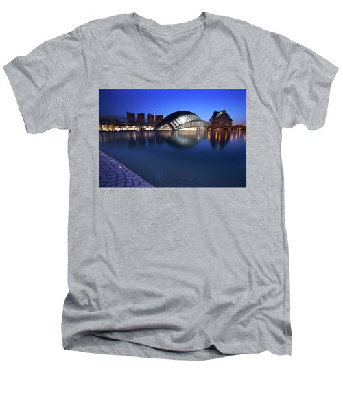 Arts And Science Museum Valencia Men's V-Neck T-Shirt