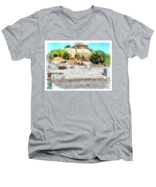 Arzachena Mushroom Rock With Children Men's V-Neck T-Shirt