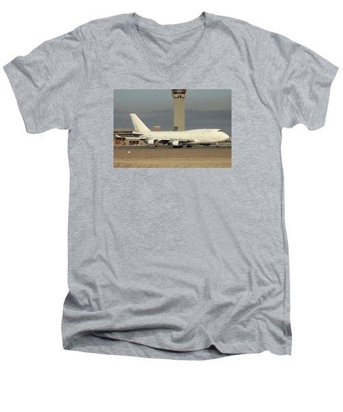 Atlas Air Boeing 747-45e-sf N473mc Phoenix Sky Harbor December 20 2015  Men's V-Neck T-Shirt
