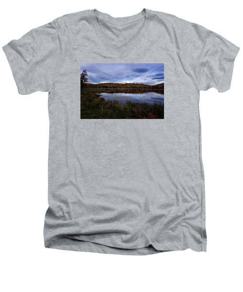 Men's V-Neck T-Shirt featuring the photograph Autumn On North Pond Road by Tom Singleton