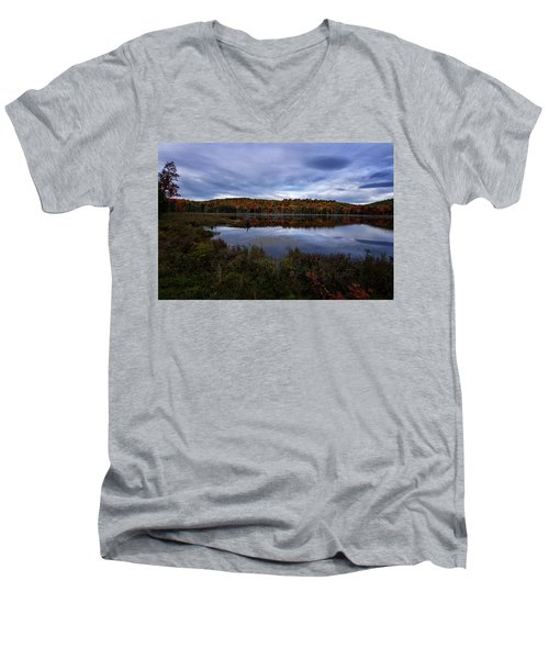 Autumn On North Pond Road Men's V-Neck T-Shirt