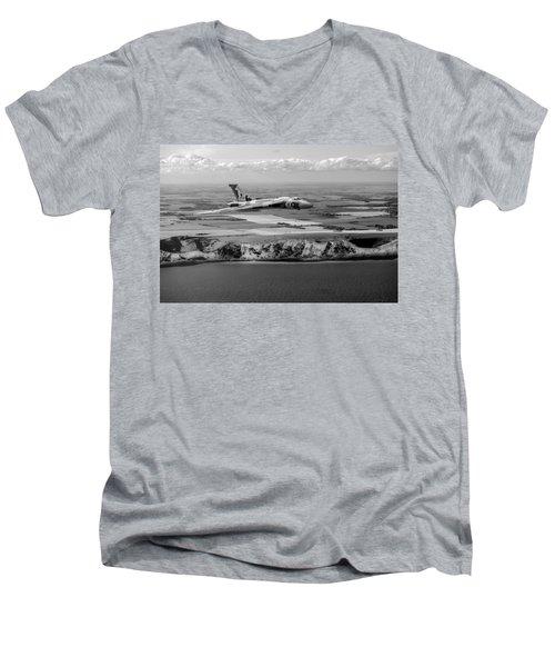 Avro Vulcan Over The White Cliffs Of Dover Black And White Versi Men's V-Neck T-Shirt