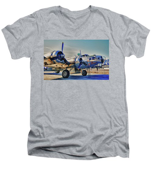 B17 Flying Fortress Sentimental Journey Men's V-Neck T-Shirt