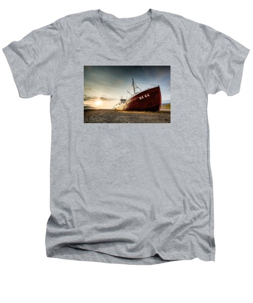 Ba 64 Men's V-Neck T-Shirt