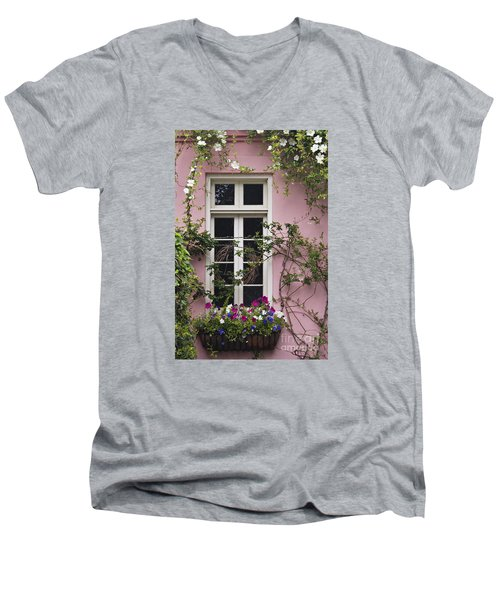 Back Alley Window Box - D001793 Men's V-Neck T-Shirt