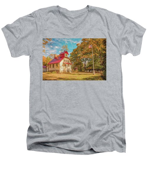 Baileys Harbor Keepers House Men's V-Neck T-Shirt