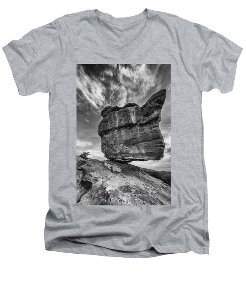 Balanced Rock Monochrome Men's V-Neck T-Shirt
