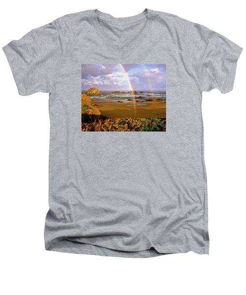 Bandon Beach Rainbow Sunrise Men's V-Neck T-Shirt