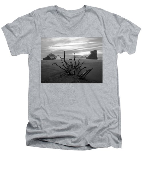 Bandon Beach Tree Men's V-Neck T-Shirt