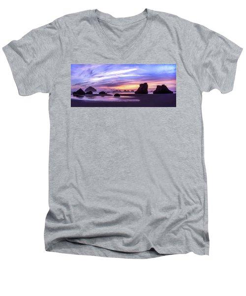 Bandon On Fire Men's V-Neck T-Shirt