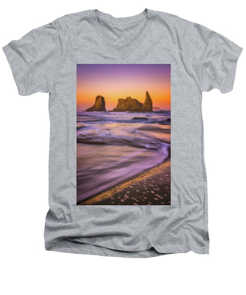 Men's V-Neck T-Shirt featuring the photograph Bandon's Breath by Darren White